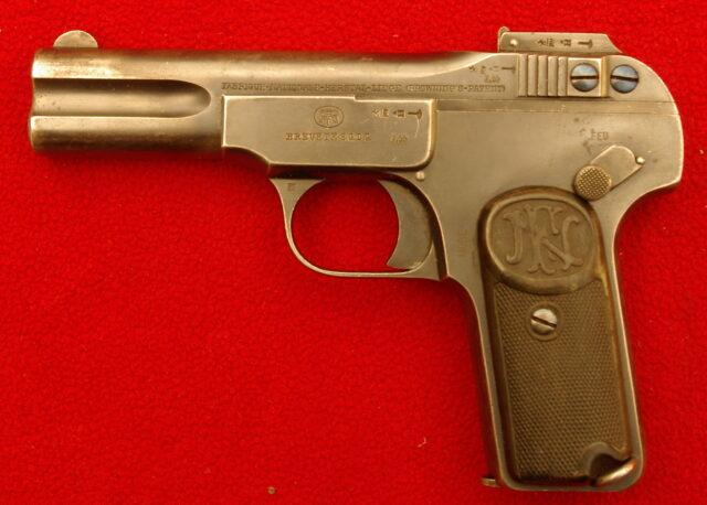 foto Pistole FN 1900