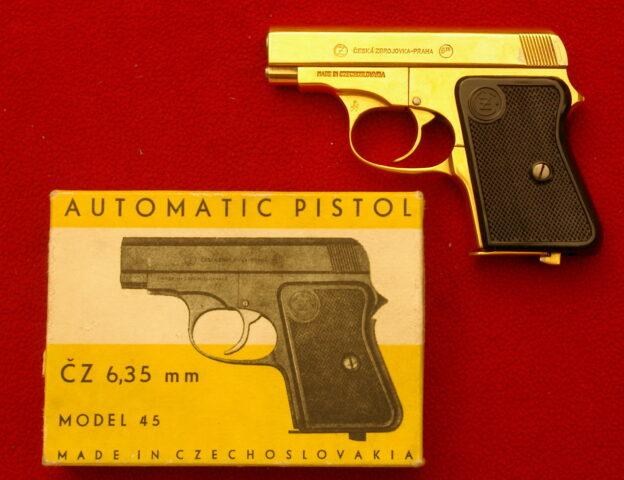 foto Pistole ČZ vz.45