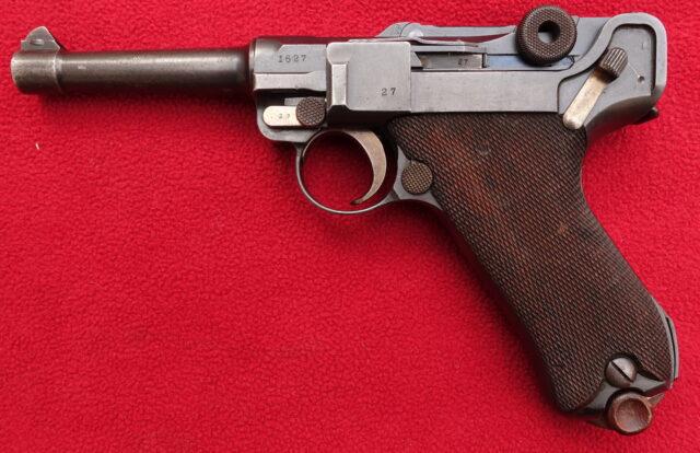 foto Pistole DWM P.08 pro německou policii