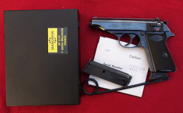 foto Pistole Manurhin PP ráže 9mm Browning
