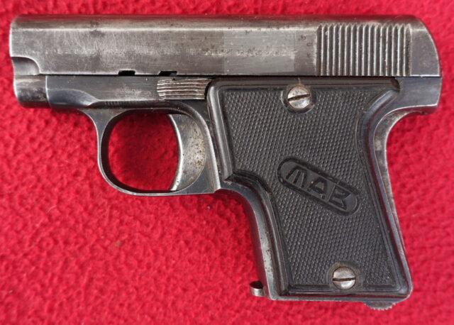 foto Pistole MAB A – ráže 4mm Flobert