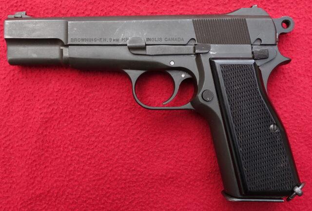 foto Pistole John Inglis HP ( FN HP)