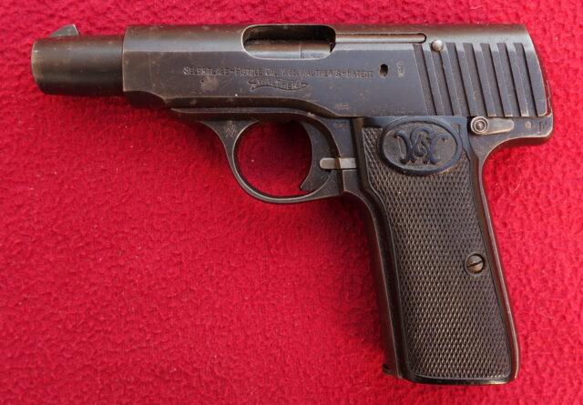 foto Pistole Walther Mod.4 z výzbroje německé císařské armády