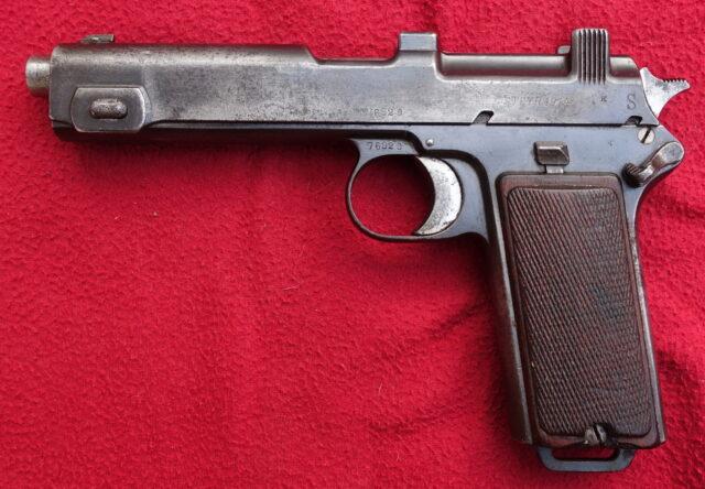 foto Pistole Steyr 1912