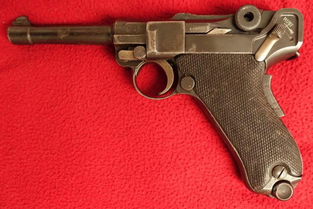 foto Pistole DWM P06 pro holanské kolonie
