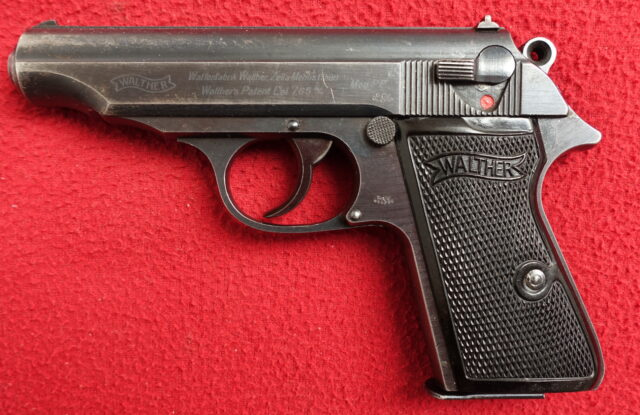 foto Pistole Walther PP Zella Mehlis z výzbroje Wehrmachtu