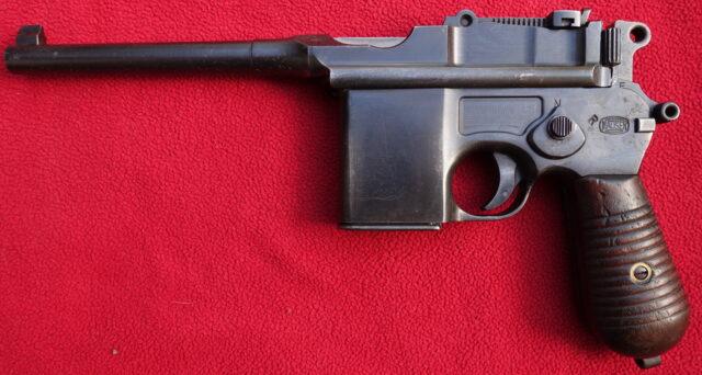foto Pistole Mauser C96/712 – rychlopalná pistole Westingrovi konstrukce