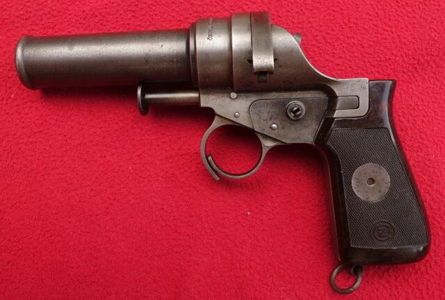 foto Československá signální pistole Vz.30 – REZERVOVÁNO
