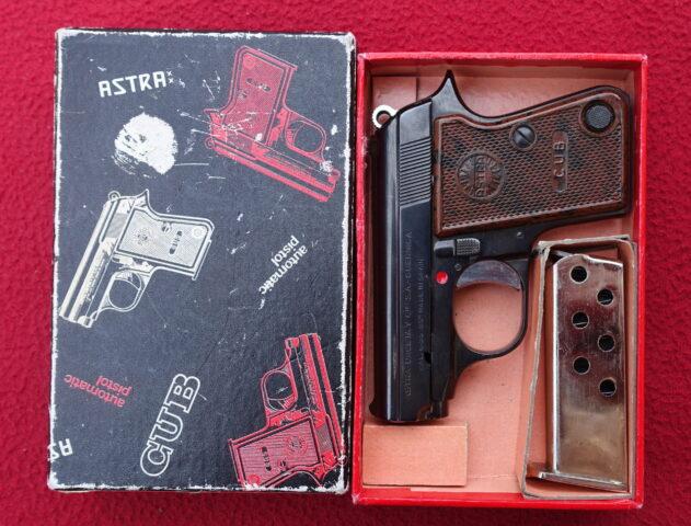 foto Pistole Astra CUB