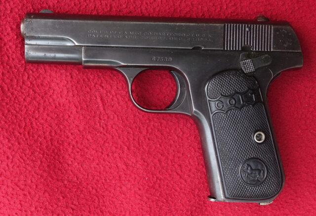 foto Pistole Colt 1908