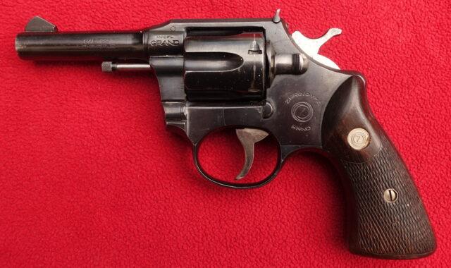 foto Revolver ČZ ZKR 590 Grand – atypické provedení