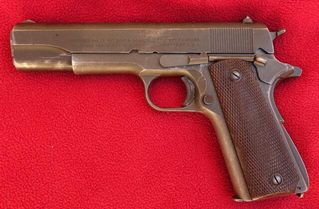 foto Pistole Colt 1911A1