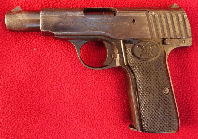 foto Pistole Walther Mod.4 z výzbroje císařské armády