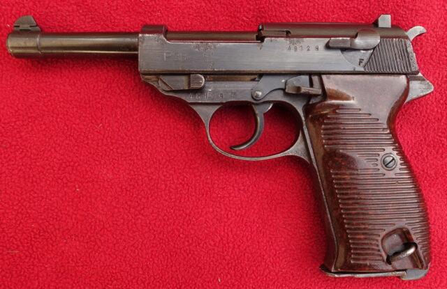 foto Pistole Mauser P.38 – REZERVOVÁNO