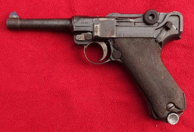 foto Pistole DWM P.08 – policejní