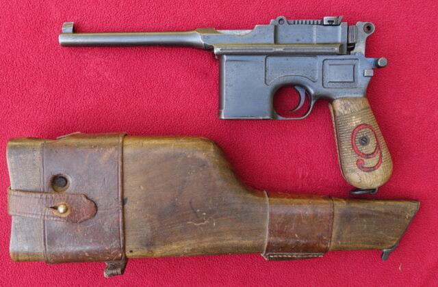 foto Pistole Mauser C.96 v ráži 9mm Luger