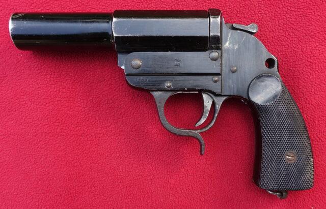 foto Německá signální pistole Walther Herres Model