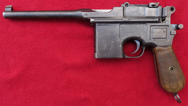 foto Pistole Mauser C96 finský kontrakt