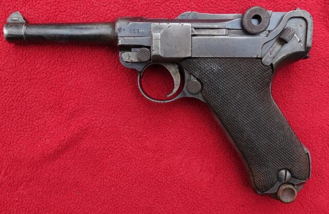 foto Pistole Erfurt P08 z výzbroje Reichswehru – REZERVOVÁNO