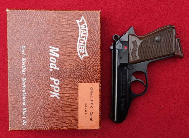 foto Pistole Walther PPK (produkce Ulm) v ráži .22LR – REZERVOVÁNO