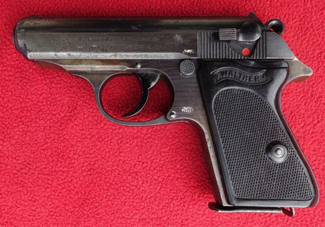 foto Pistole Walther PPK z výzbroje Wehrmachtu – REZERVOVÁNO