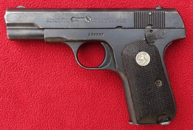 foto Pistole Colt 1908 pro Šanghajskou městskou policii