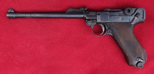 foto Pistole DWM LP08 – REZERVOVÁNO