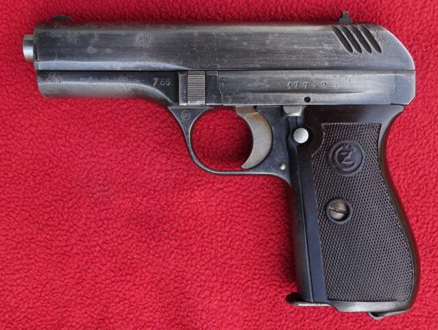 foto Pistole ČZ Vz.27 předválečné provedení