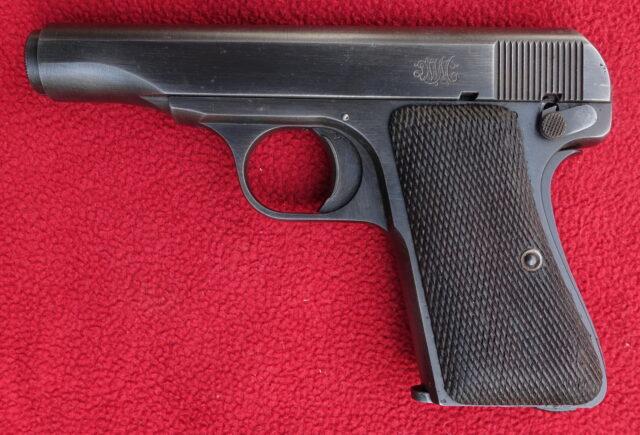 foto Pistole DWM 1922 výrobní číslo 18