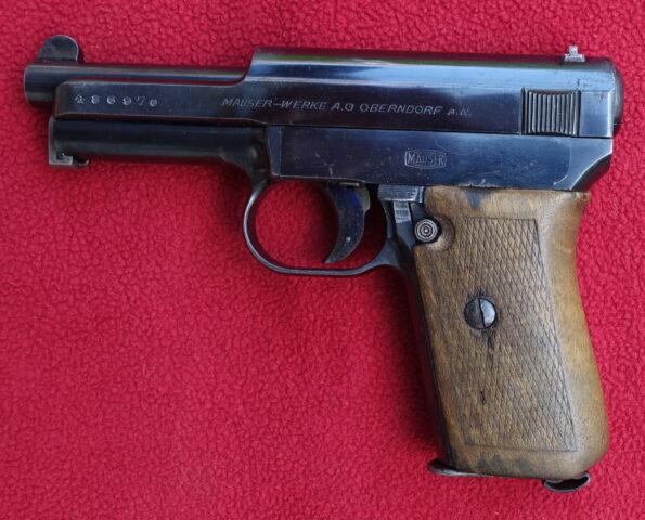 foto Pistole Mauser 1910/14 z konce výroby