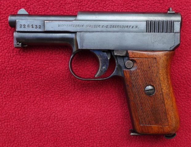foto Pistole Mauser 1910