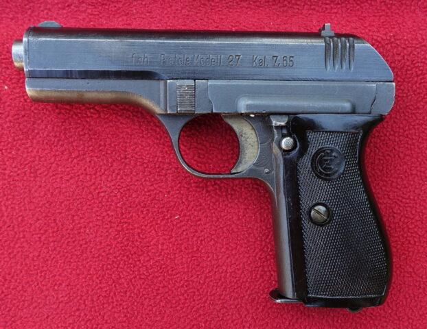 foto Pistole ČZ Vz.27 pro Wehrmacht