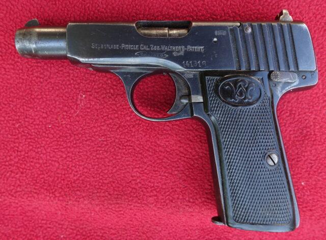 foto Pistole Walther Mod.4 z výzbroje císařské armády – REZERVOVÁNO