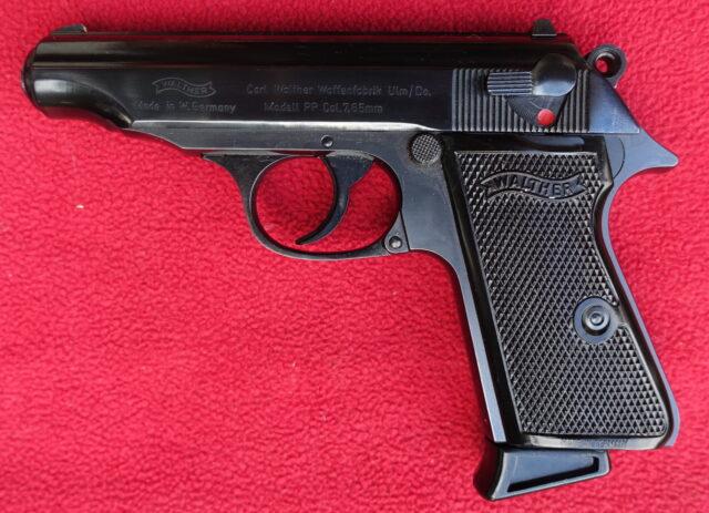 foto Pistole Walther PP – Ulm – REZERVOVÁNO