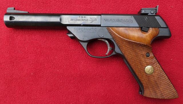 foto Sportovní pistole Hi-Standard Model 104 – REZERVOVÁNO