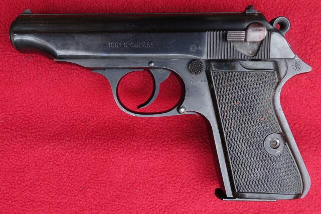 foto Pistole P1001-0  východoněmecká kopie Waltheru PP – REZERVOVÁNO